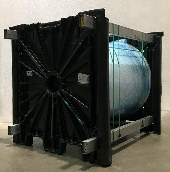 Terphane optimizes the logistics of film rolls using a returnable plastic rack